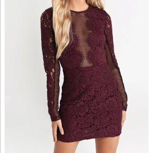 Raven Lace Bodycon Dress/ XS Color: Wine